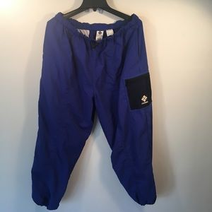 Columbia 100%. Nylon sports pant  size L